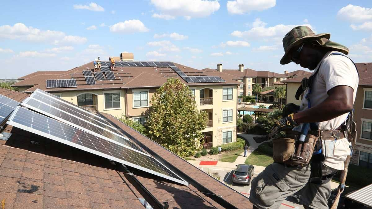 Austin, TX Solar on Apartments