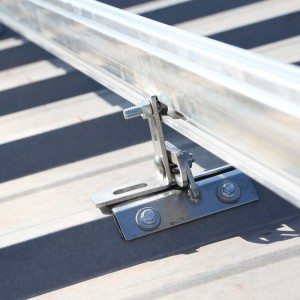 Solar mounting bracket for a metal roof